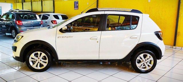 Impecável Renault Sandero Stepway com vc KM - Foto 18