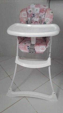 Cadeira de alimentação infantil da barigotto semi nova - Foto 2