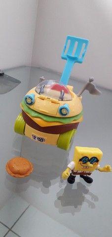 Imaginext Bob Esponja carro hamburguer Mattel - Foto 3