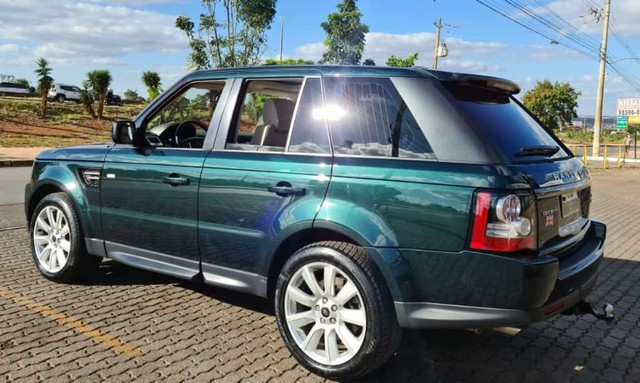 Range Rover Sport SE 3.0 4x4 TDV6 Diesel/ impecável/ revisada/ pneus novos - Foto 2
