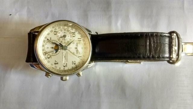 Relógio marca longines modelo cronógrafo face de lua