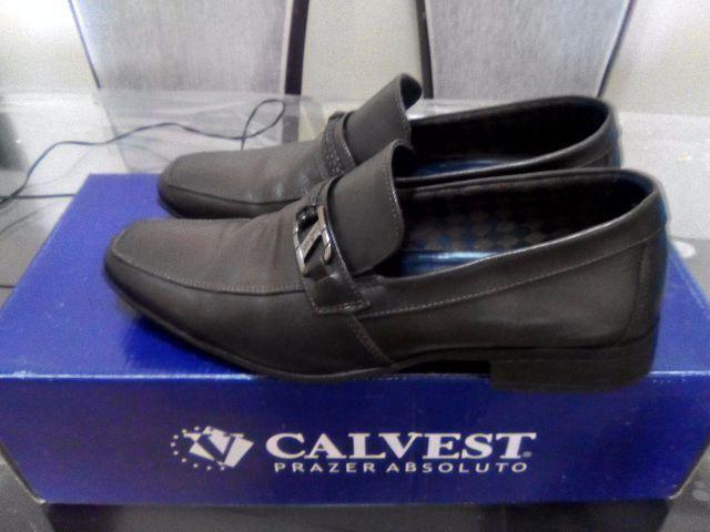 Calvest-Sapato Social Semi-Novo
