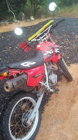 Honda Xr Moto XR 200 2002 muito nova