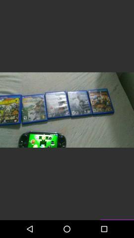 Vendo PS Vita com jogos bem conservado da capa. $