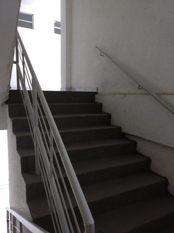 Apartamento excelente (residencial bonança) ótima localização - Foto 4