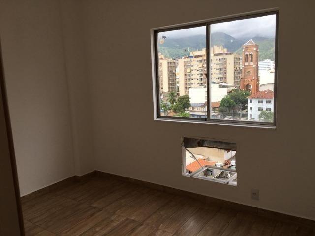 Meier Rua Padre Ildefonso Penalba apartamento 2 quartos Todo em Porcelanato JBCH28811 - Foto 7