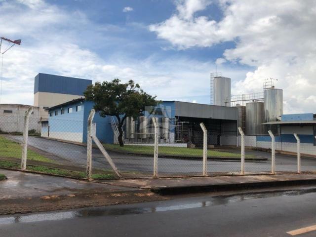 Prédio inteiro à venda com 0 dormitórios em Centro, Monte carmelo cod:54617 - Foto 8