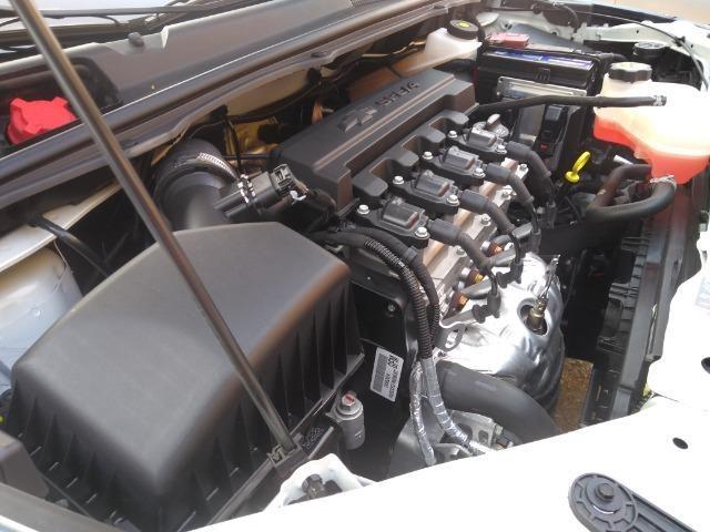 GM - Chevrolet Cobalt 1.8 Elite com 3.400 km rodados Novo 2018 - Foto 16