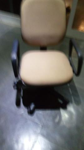 Cadeira de escritório - Foto 4