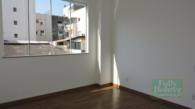 Apartamento novo no Centro com 3 quartos, varanda, 2 vagas de garagem - Foto 6