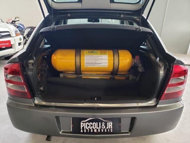 Astra hatch Advantage 2.0 manual - muito novo com GNV - Foto 10