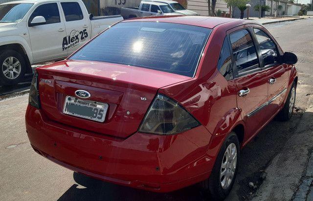 Ford Fiesta 1.6 Sedan Flex único dono pouco rodado  - Foto 3