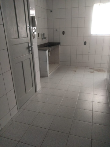Simone Freitas Imóveis - Aluga-se apartamento no Jardim Amália - Volta Redonda - Foto 6