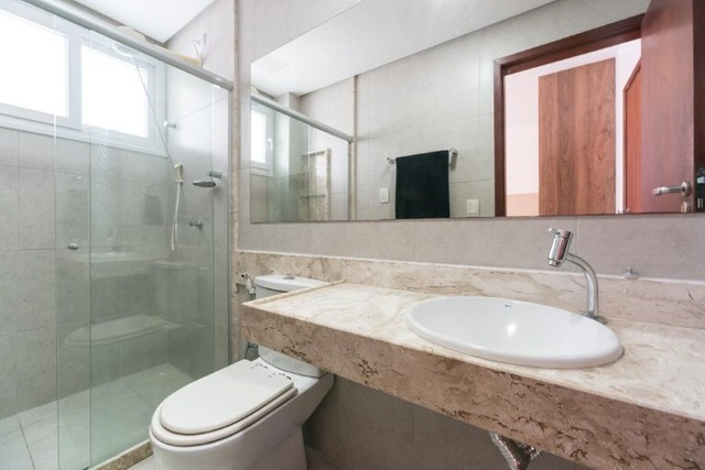 Casa à venda no condomínio Gravatá com 6 suítes e porteira fechada - Foto 9