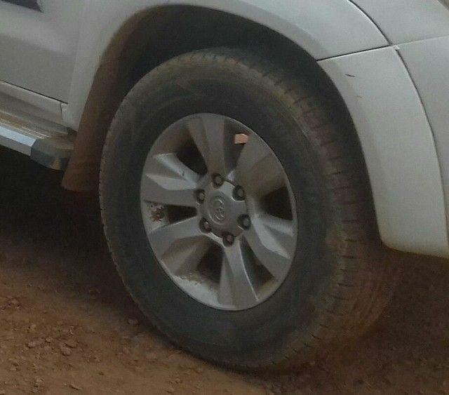 Vendo rodas da hilux  - Foto 2