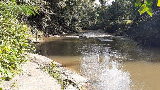 Chácara com Rio Piscina Casa e Reserva em Cristianópolis Goiás - Foto 4