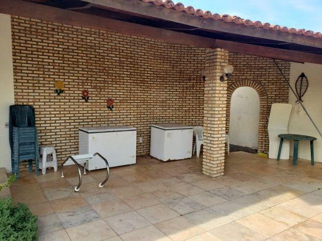 Oportunidade! Belíssima casa duplex localizada a pouquíssimos metros do Beach Park - Foto 4
