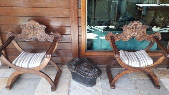 Cadeira e Banco entalhada a mão de jacarandá - Foto 5