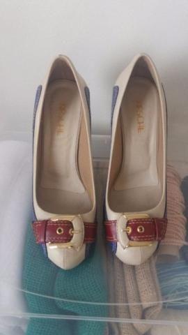 Sapato de salto Lindo
