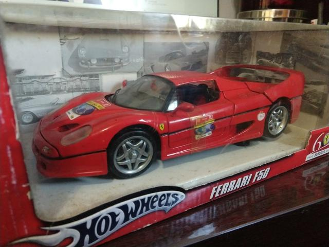 ae81b33a72 Ferrari 1 18 F50 Limitada 60 Anos Da Ferrari