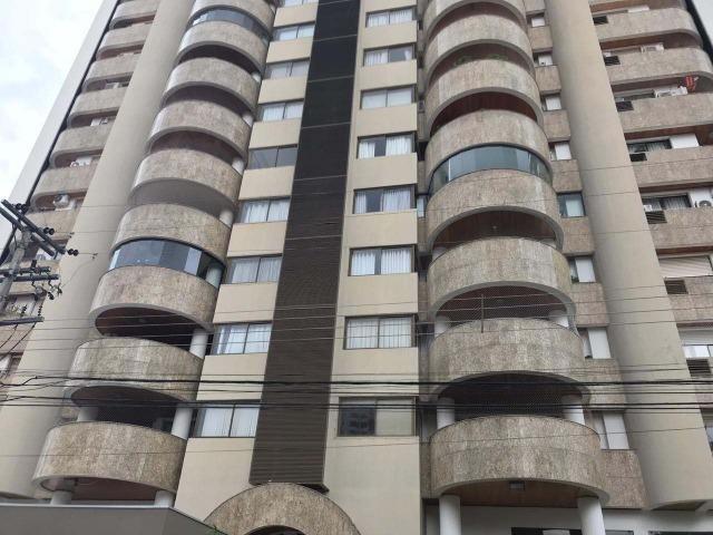 Ed Florença - Praça Popular - 250m² - 5 quartos - 6 vgs