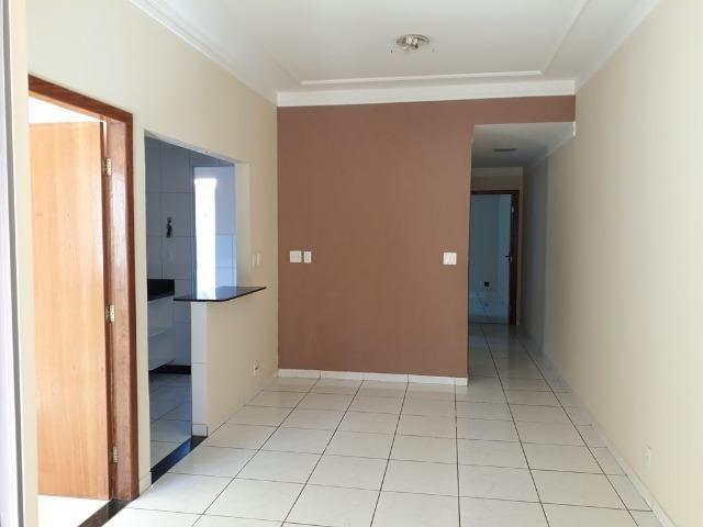 (R$290.000) Casa Seminova c/ Garagem p/ 02 Carros e Área Gourmet - Bairro Morada do Vale - Foto 4