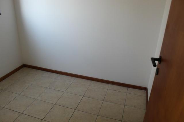 18317 - Apartamento com 3 dormitórios, sendo 1 suíte - 95 m²Centro - Foto 14