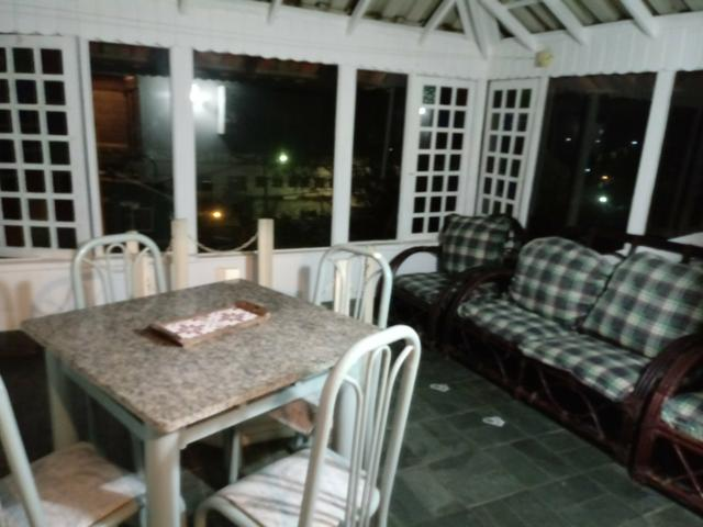 Casa, tipo chalé, condomínio fechado peró cabo frio - Foto 15