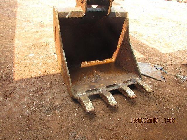 Escavadeira Hidraulica JCB - Foto 9