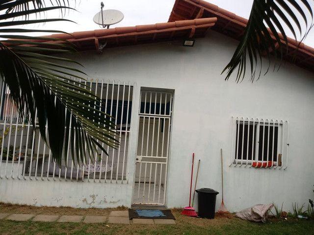 Casa escriturada, excelente localização na entrada do bairro São José. - Foto 6