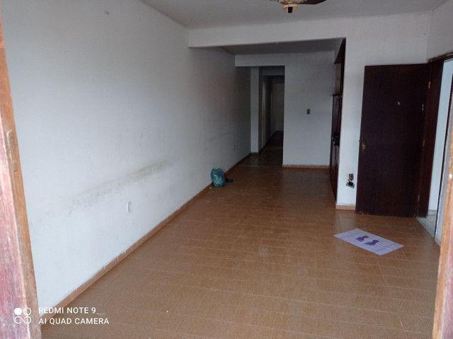 Vendo apartamento ótima localização. - Foto 2