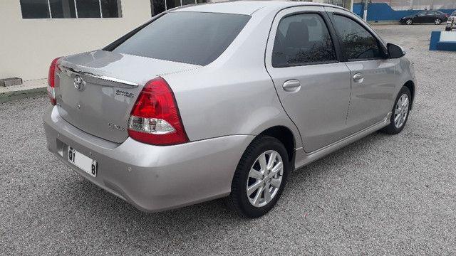 Toyota Etios Sedan XLS automático - Foto 3