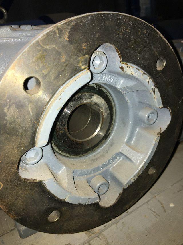 Motoredutor com freio 2 cv - Foto 2