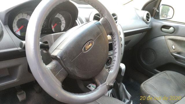 Ford Fiesta Sedan Class 1.6 2009 - Foto 2