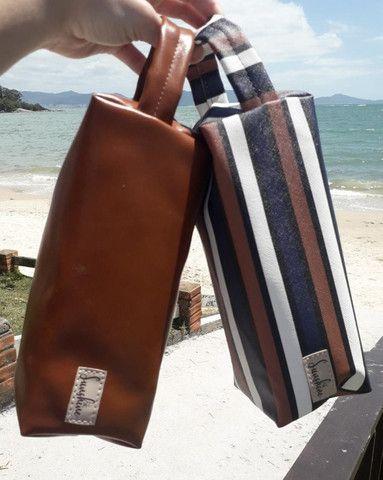 Vende-se Bolsa de Praia, necessaire, chima bag e carteirinhas - Foto 4
