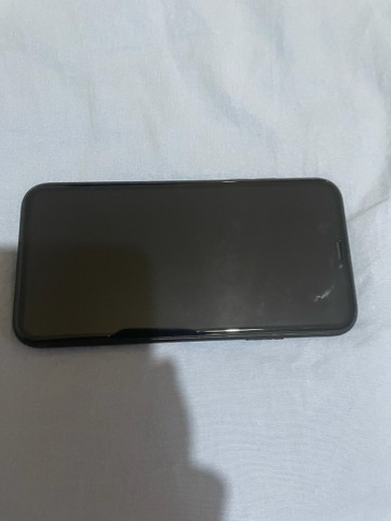 iPhone XR black 64 GB e capas  - Foto 5