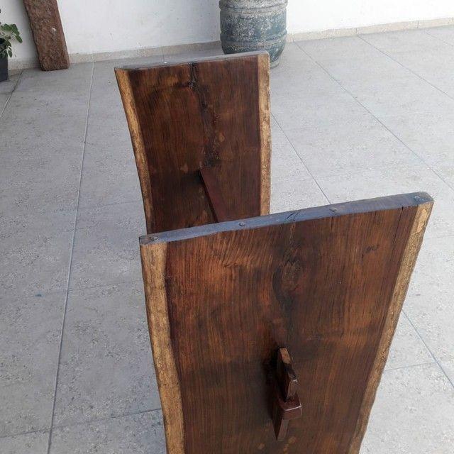 Mesa de madeira Jacarandá com tampo de vidro blindex - Foto 2