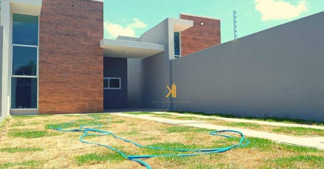 Casa com 3 dormitórios sendo 2 suítes à venda, 89 m² por R$ 265.000 - Urucunema - Eusébio/