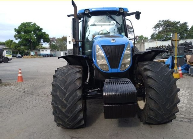 Trator New Holland T7240 - Foto 2