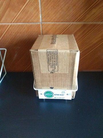 Suporte de parede para descarpack 1,5L perfurocortantes - Foto 3