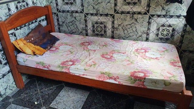 Cama de solteiro com colchão em bom estado.  - Foto 3