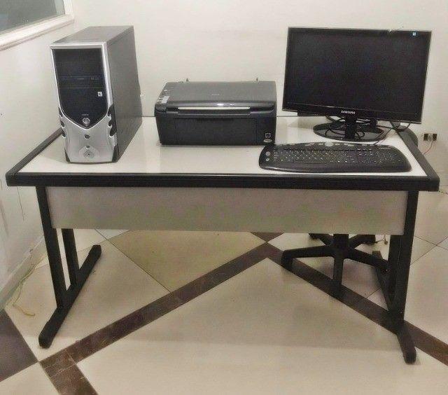 Mesa para escritório + computador completo.  - Foto 2
