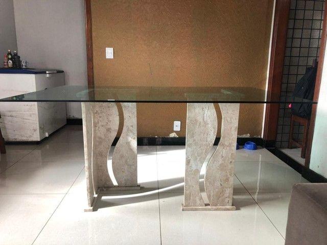 Vendo mesa de vidro com pés de mármore  - Foto 2