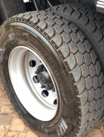 Caminhão VW 24250 carroceria - Foto 6