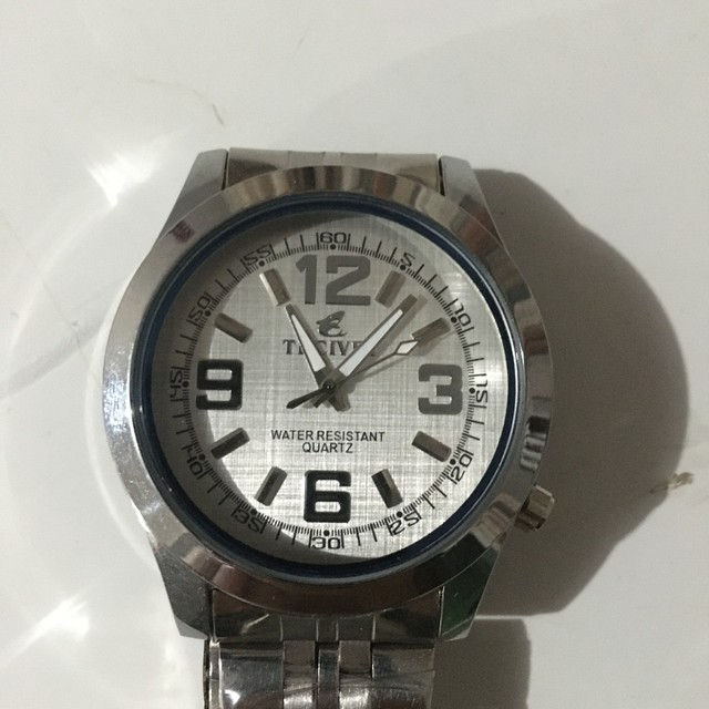 Relógio resistente à água