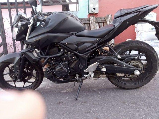 Moto Yamaha MT 03  - Foto 5