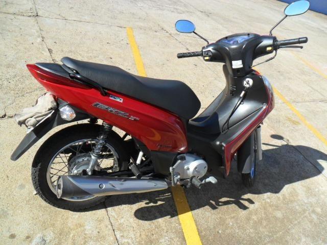 Honda BIZ 125 ES - 2013 Vermelha (Partida elétrica) - Foto 4
