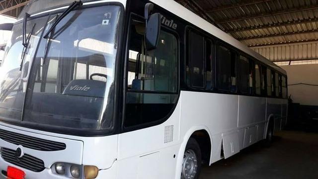 Ônibus Rodoviário Busscar Ano 2006