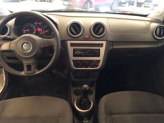Volkswagen Voyage 1.6 MSI - Foto 6