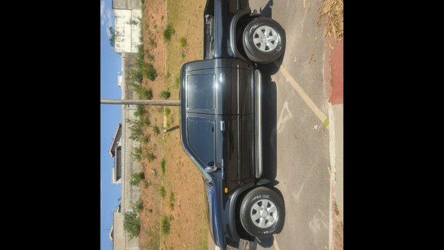 Toyota Hulux - Foto 2